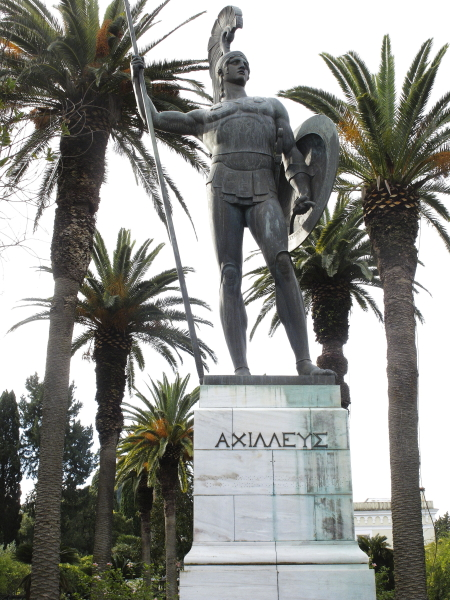 Achille triomphant statue