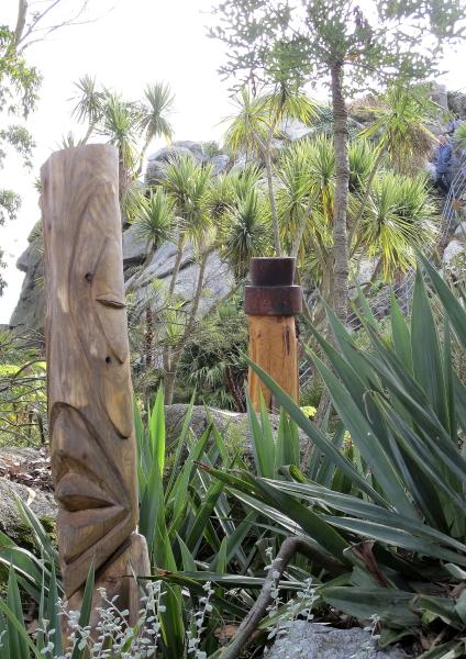 Sculptures sur troncs